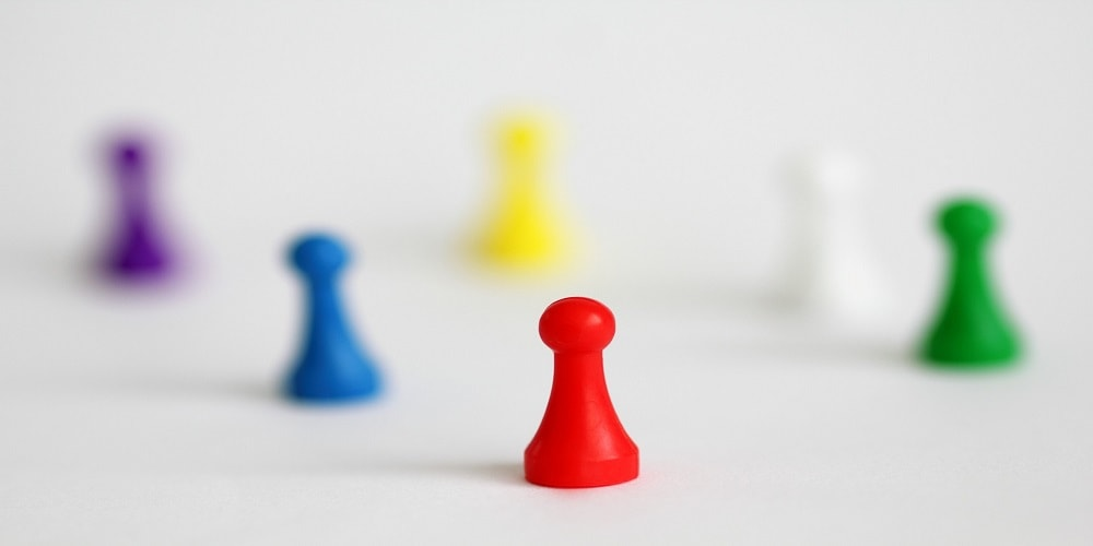 coloured chess pawn pieces
